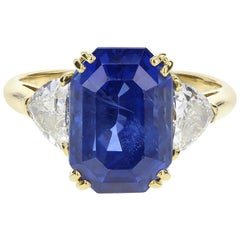 Vintage Mauboussin 7.60 Carat Unheated Ceylon Sapphire Diamond Gold 3 Stone Ring
