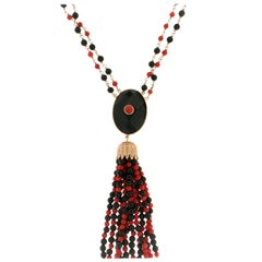 Onyx 14 Carat Yellow Gold Coral Drop Necklace