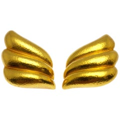 Zolotas 22 Karat Yellow Gold Winged Earclips