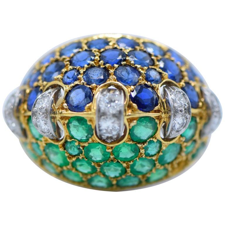 French, 1940s, Diamond, Emerald, Sapphire, Platinum and 18 Karat Gold Ring