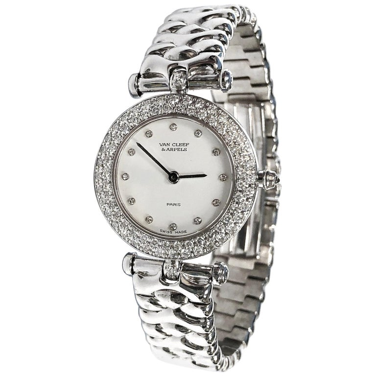 Van Cleef & Arpels Ladies white gold Diamond Bezel Classique quartz Wristwatch