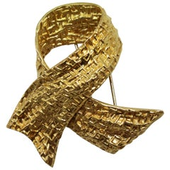 1970s Van Cleef & Arpels Gold Bow Brooch