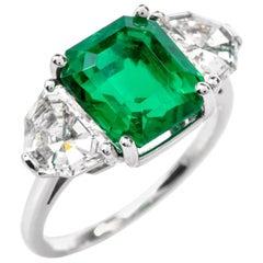 Gem Colombian Emerald Platinum Three-Stone Ring