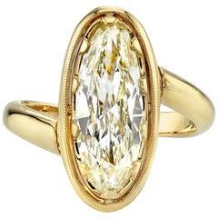 2.57 Carat Vintage Moval Ring