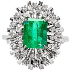 Lady Diana Style Colombian Emerald Diamond 18 Karat White Gold Ring