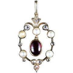Antique Victorian Garnet Pearl Diamond Pendant 18 Carat Gold, circa 1900