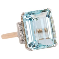 1950 11 Carat Aquamarine and Diamond, 14 Karat Gold Two-Tone Engagement Ring