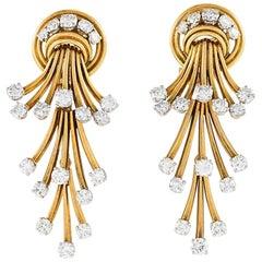Régner Paris 1950s Diamond and Gold Pendant Earrings