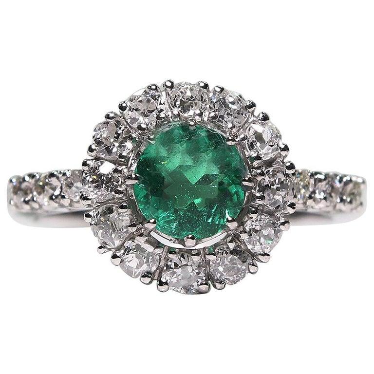 Modern Edwardian Style Platinum 1.05 Carat Emerald and Diamond Ring