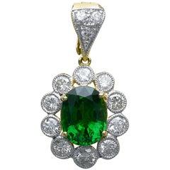 Important Tsavorite Necklace Pendant 4 Ct + Diamond Enhancer Halo Green Garnet