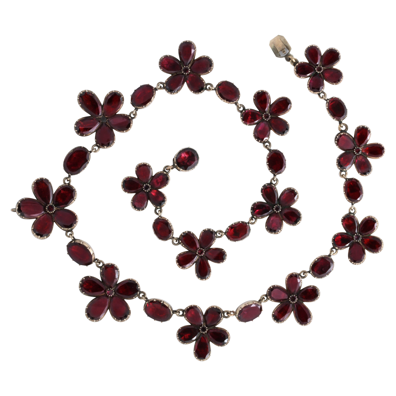Georgian Garnet Necklace