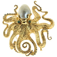 South Sea Baroque Pearl Octopus 18 Karat Yellow Gold Brooch