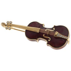 Classical Enamel and Diamond Violin 18 Karat Yellow Gold Brooch