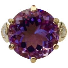 Michael Kneebone Amethyst Pear Shaped Diamond 18 Karat Gold Cocktail Ring