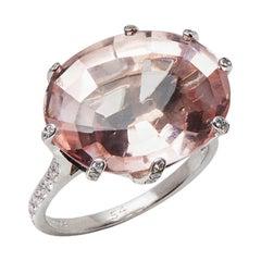Chaumet 18 Karat White Gold Morganite Diamond Attrape-Moi-Toile de Givre Ring