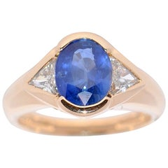 Sapphire and White Diamonds on Yellow Gold 18 Karat Fashion Ring