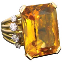 Vintage Citrine Brilliant Cut Diamonds Cocktail Fashion Ring