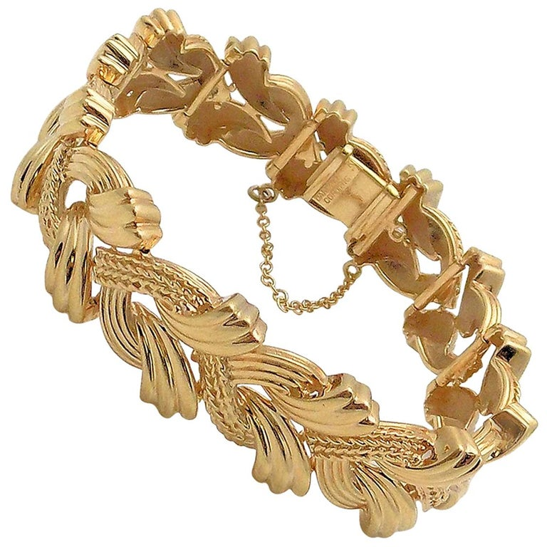 14 Karat Yellow Gold Woven Link Bracelet For Sale