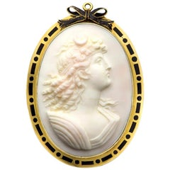 Edwardian Angel Skin Coral Cameo Brooch Pendant