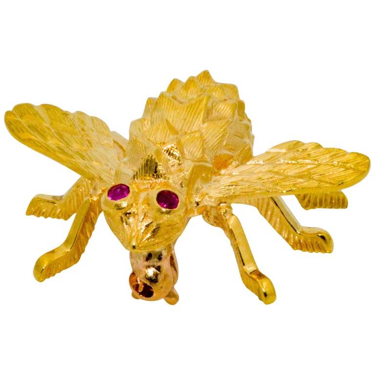 Herbert Rosenthal 18 Karat Yellow Gold Bee .04 Carat Ruby Brooch