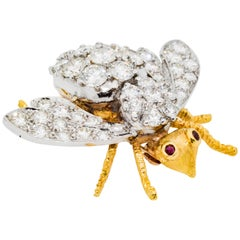 2.50 Carat Diamond 18 Karat Yellow/White Gold  Ruby Bee Brooch