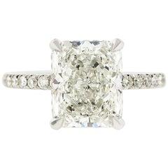 2 Carat Radiant Cut Diamond 'GIA' with Diamonds under the Basket