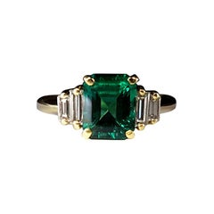 Emearld Diamond Ring