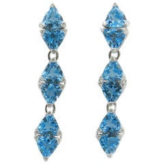 18 Karat White Gold Blue Topaz and Diamonds Garavelli Long Earrings