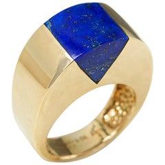 Tiffany & Co. 18 Karat Yellow Gold Lapis Lazuli Vintage Cocktail Ring