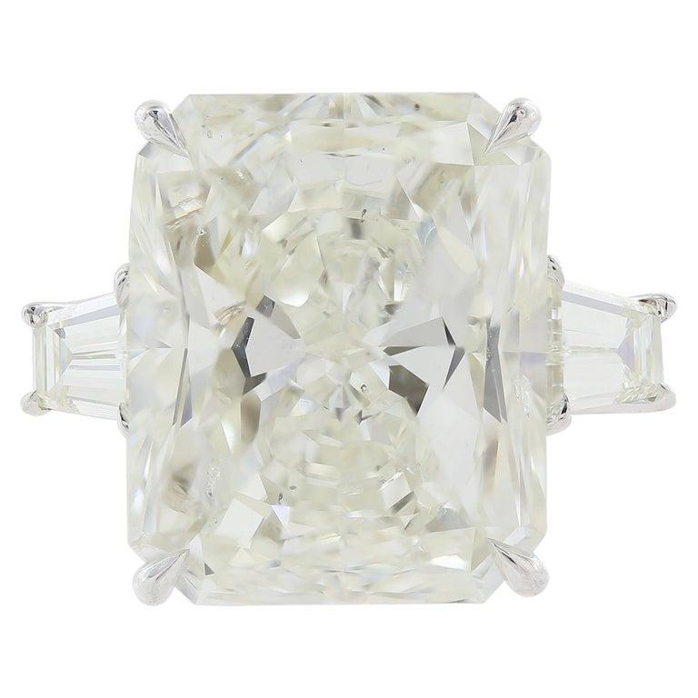 GIA Certified 10.06 Carat Radiant Cut Diamond Ring
