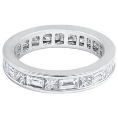 Alternating Princess Cut and Baguette Diamond Eternity Wedding Band