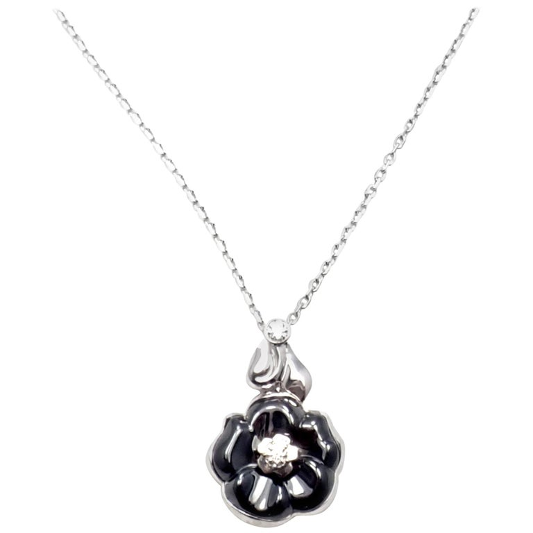 Camelia Galbe Diamond Black Ceramic Flower White Gold Necklace For Sale