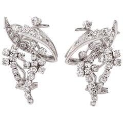 1960s Retro 18 Karat 3.15 Carat Diamond Clip Back Gold Earrings