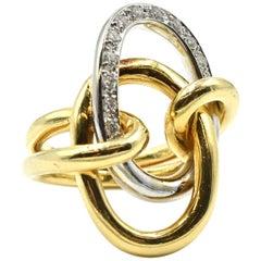 Diamond Circle Two-Tone 18 Karat Gold Ring