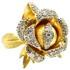 18 Karat Yellow Gold, 0.50 Carat Round Diamond Flower Cocktail Ring