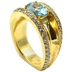 2.01 Carat Irradiated Oval Diamond with Accent Diamonds 18 Karat Gold Ring