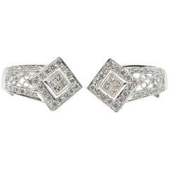 18 Karat White Gold 1.60 Carat Princess and Round Cut Diamond Kite Set Earrings