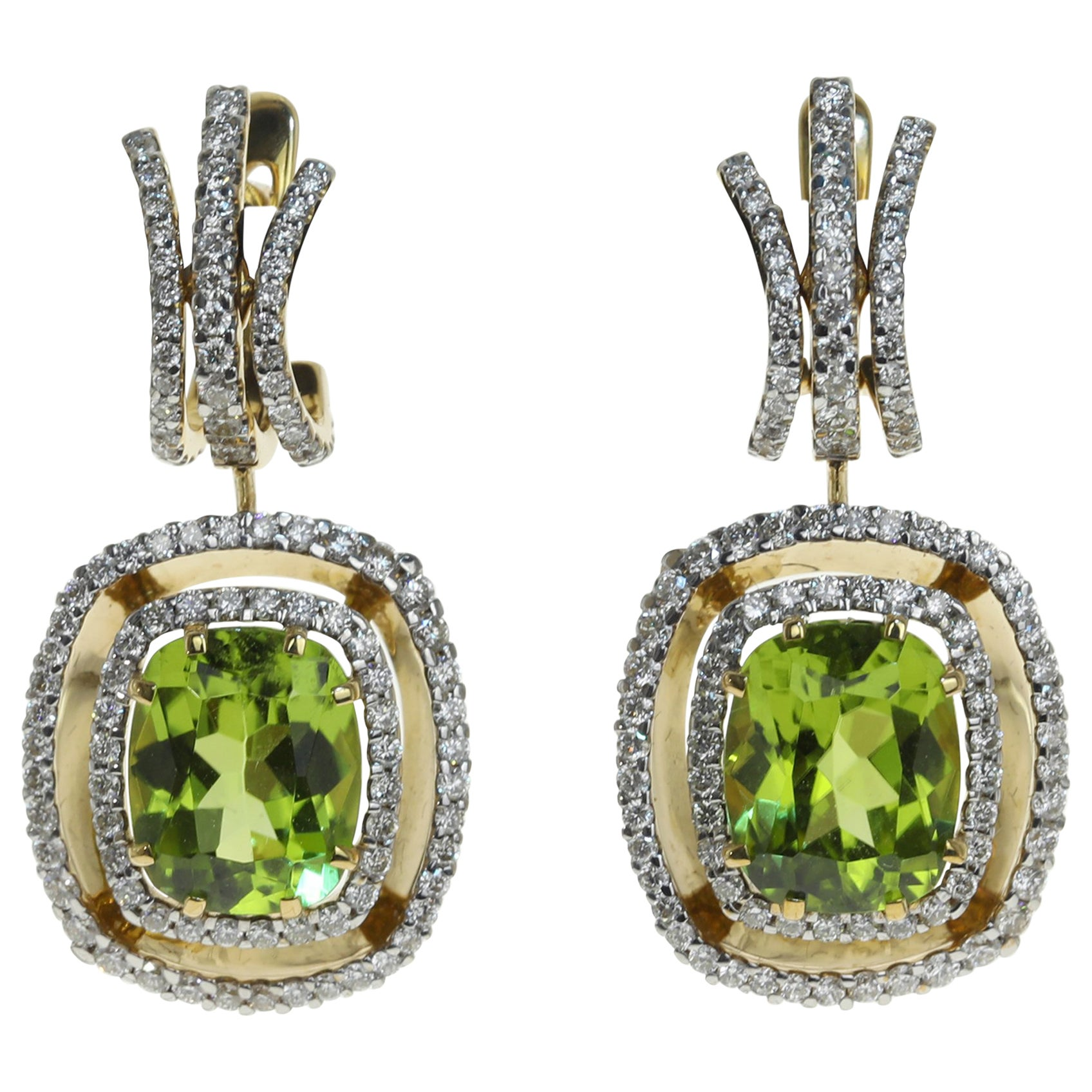Neoclassical Peridot Diamond 18 Karat Yellow Gold Earring