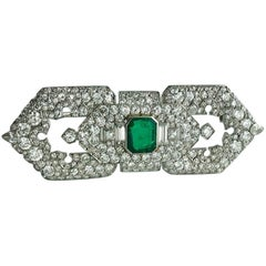 1930s Cartier Art Deco Emerald Diamond Platinum Brooch