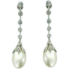 Belle Époque French Natural Pearl Diamond and Platinum Earrings Pendant