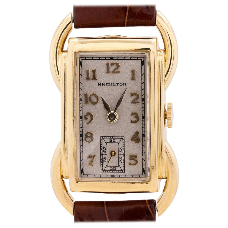 Hamilton Yellow Gold Bentley manual wind wristwatch, circa 1939 For Sale