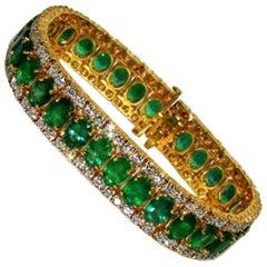 32 Carat Natural Vivid Green Emerald Diamond Bracelet G/VS Multirow