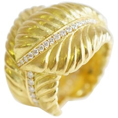 Coralie Van Caloen 18k Gold Crossover Feathers with Diamonds Band Ring