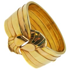 Unique French Retro 18 Karat Yellow and Rose Gold Cuff Bangle Bracelet