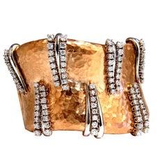3.63ct Diamonds Bangle Cuff Bracelet 18kt Rustic Hammered Deco Spring Hinge