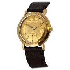 Vintage Movado Dress Wristwatch in 18 Karat Gold, circa 1960s