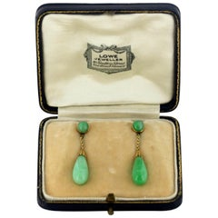 Art Deco 18K gold ladies screw on earrings with jade, retailed by Lowe, Ca 1920