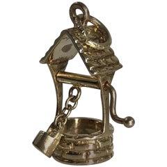 Tiffany & Co. 18 Karat Gold Wishing Well with Moveable Bucket Charm