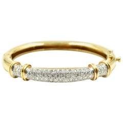 18 Karat Yellow Gold, 3.00 Carat Round Diamond Pave Set Bangle Bracelet