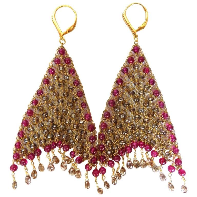 37.20ct Natural Fancy color briolette diamond dangle earrings 18kt Curtain Mesh For Sale